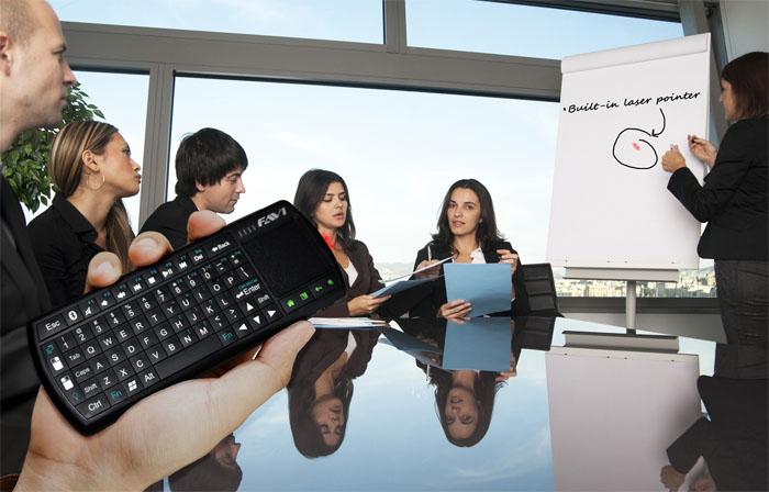FAVI Bluetooth Tablet Keyboard laser pointer